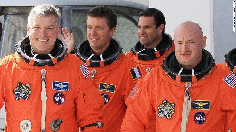 170824184517 astronauts endeavor april 2011 780x439 - tech