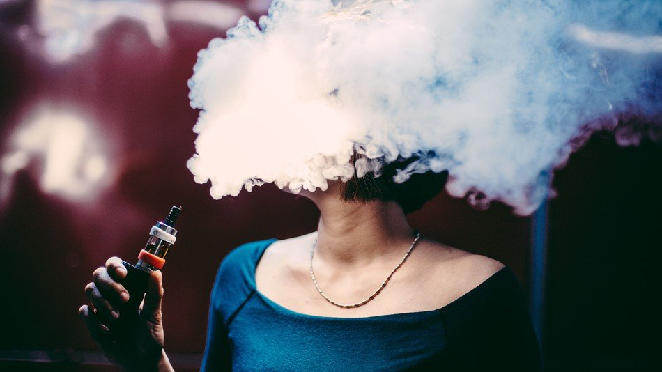 E cigarettes leak toxic metals study finds3 - health